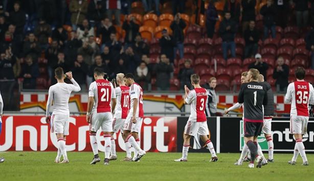 Ajax teknik ekibi koronavirüs nedeniyle karantinaya alındı