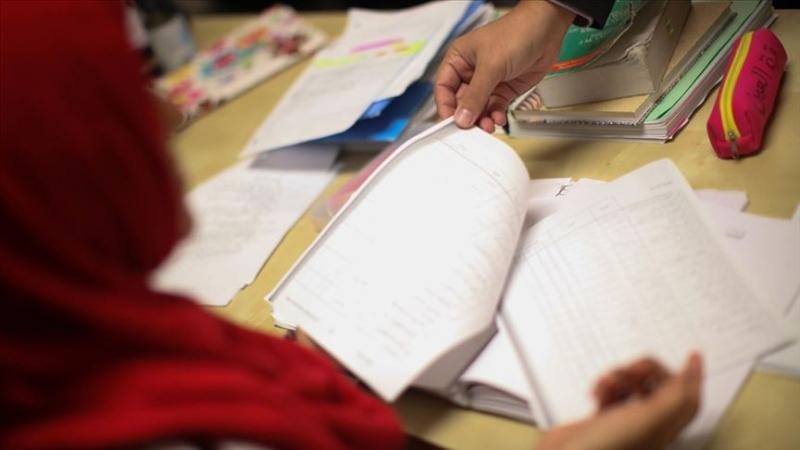 Hollanda'da Araştırma: Yoksul ebeveynlerin çocukları okulda daha kötü performans gösteriyor
