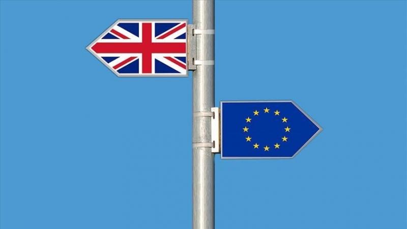 Brexit kördüğüm olsa da mizahı patlattı