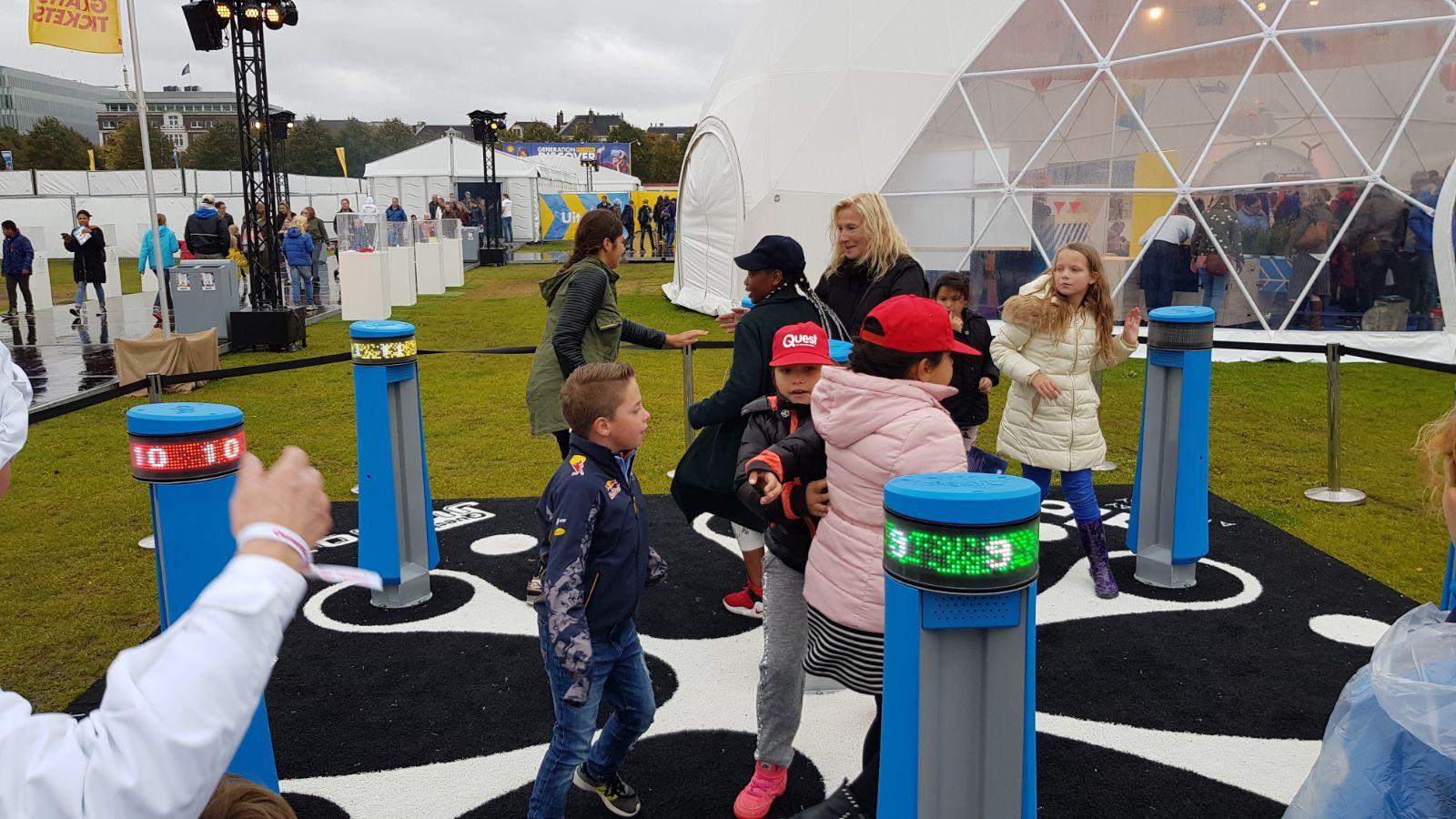Hollandada ilkokul öğrencileri için bilim, teknik ve teknoloji festivali