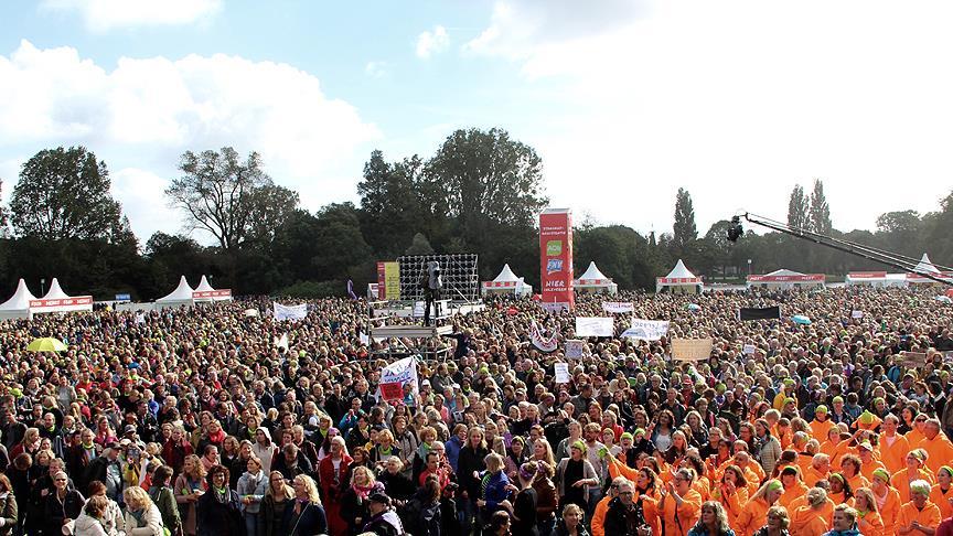 Hollanda'da öğretmenler yeniden greve gidiyor