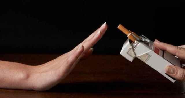 Hollanda'da Yüksek egitimli insanlar daha az sigara içiyor