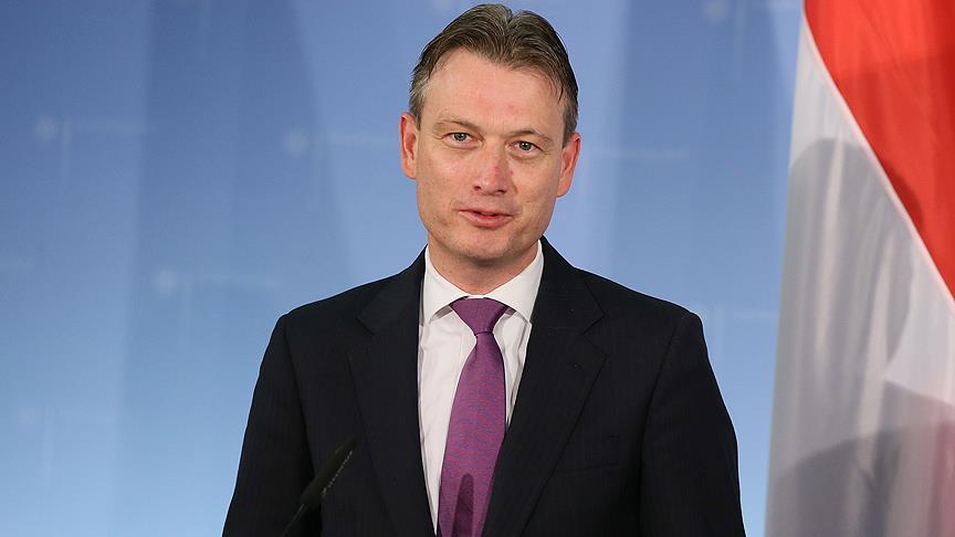 Hollanda Dışişleri Bakanı Halbe Zijlstra'nın yalan söylediği ortaya çıktı