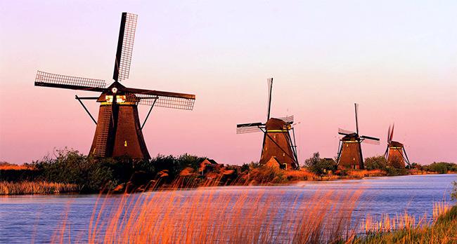 Hollanda Nüfusu 15 sene sonra ilk defa 110 bin kişi birden arttı