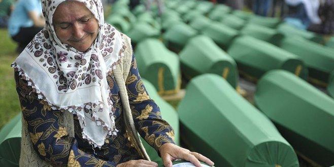 Hollanda'da Yüksek Mahkemeside Hollandayı Srebrenitsa katliamında kısmen suçlu buldu