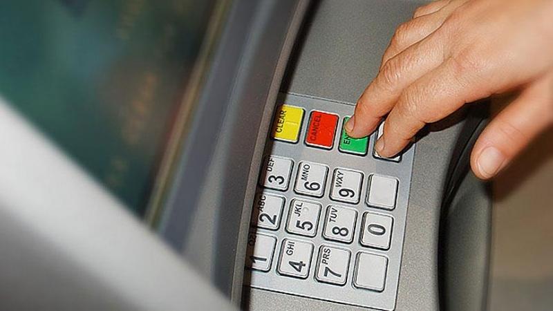 Hollandada Bankaların ücret tarifesi yüzde 10 zamlandı