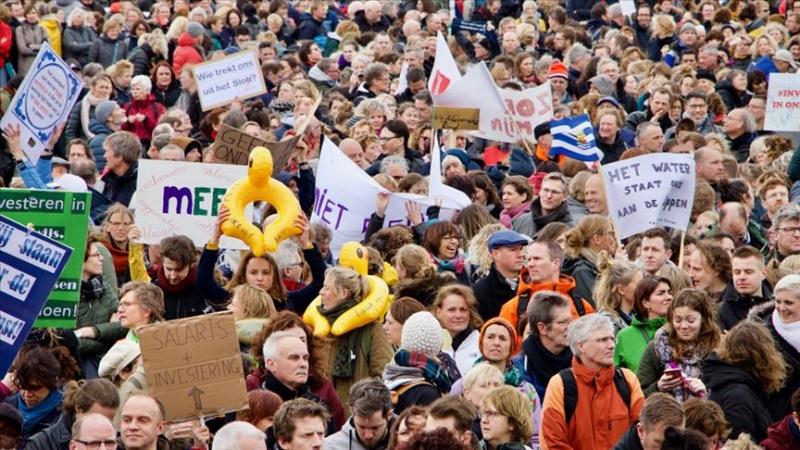 Hollanda'da öğretmenler 30 ve 31 Ocak'ta yeniden greve gidiyor