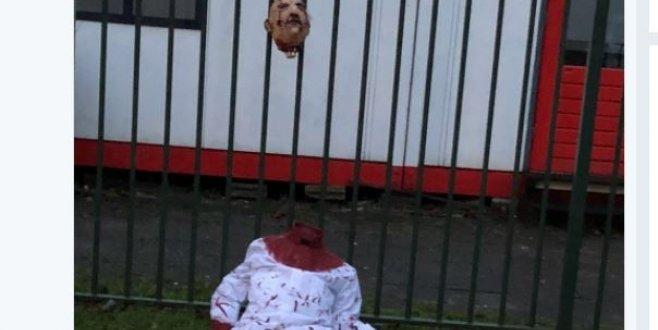 Hollandada camiye İslamofobik saldırı