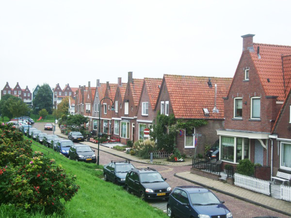 Hollanda'da 5 yıl içinde sosyal ev sayısı 100 bin azaldı