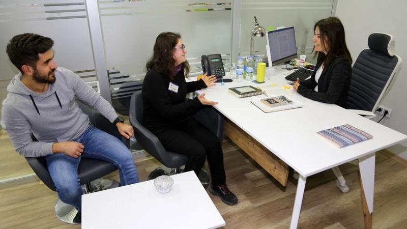 İyi yöneticiler daha verimli şirketlere öncülük ediyor