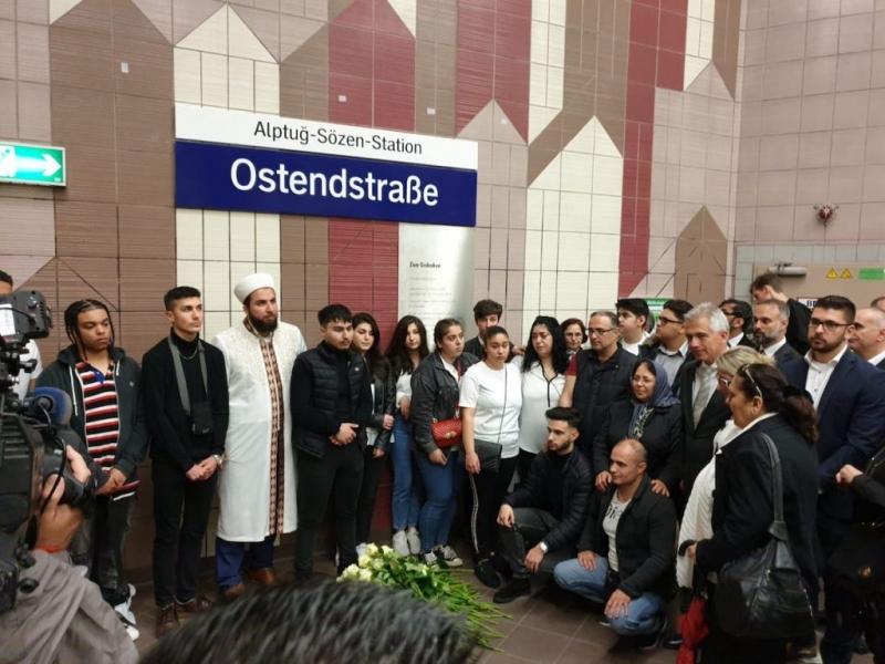 Kahraman gencimizin adı Frankfurt'ta metro istasyonuna verildi