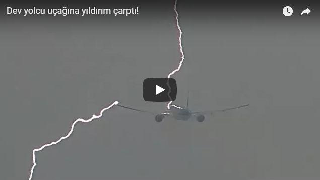 KLM'e ait yolcu uçağına yıldırım çarptı!