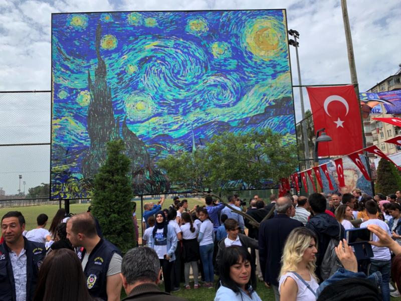 Mersin'de Hollanda'dan esintiler dünyanın en büyük Van Gogh tablosu yapıldı