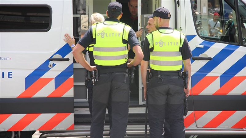 Saldırıda hayatını kaybeden 3 kişi için Hollanda yasa büründü