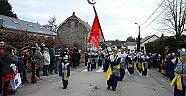 Carnaval vreugde in de Belgische Turken dorp