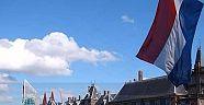 Hollanda terör örgütlerinin bayrak ve sembollerini yasaklayamadı