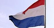 Hollandada Suriyeli imama getirilen yasağı mahkeme haklı buldu