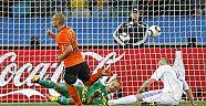 Hollandalı futbolcu Wesley Sneijder milli takıma veda etti