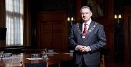 Rotterdam Belediye Başkanı günah çıkardı