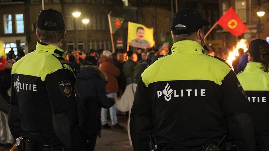 Terör örgütü PYD/PKK'lılar Hollandada Türk taksiciye saldırdı