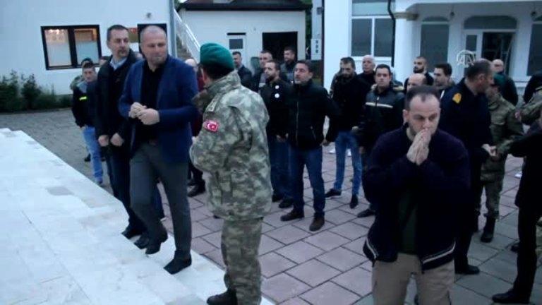 Türk Askerinden, Katliamın Yaşandığı Boşnak Köyünde İftar