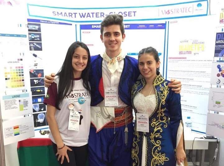 TÜRK Öğrencilerin Akıllı Klozeti Gümüş Madalya Kazandı