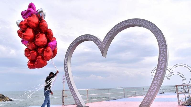 Turken besteden gemiddeld 300 Turkse Lira voor Valentijns cadeau