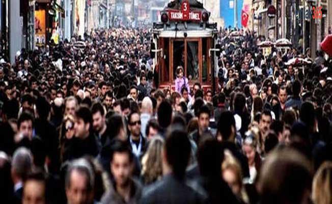 Türkiye'de kaç yabancı yaşıyor? Türkiye'de 919 bin yabancı yaşıyor