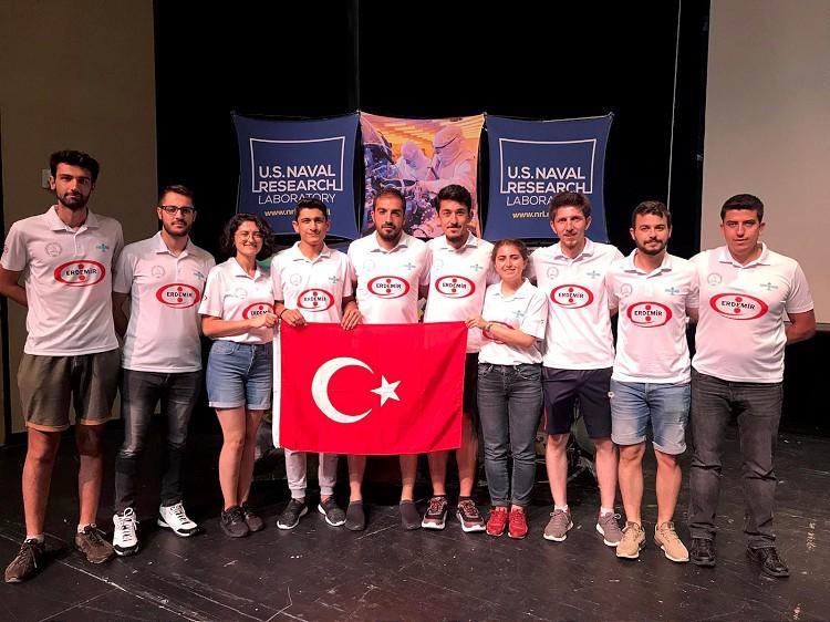 Turkse universiteiten drukken stempel op NASA 's satellietwedstrijd